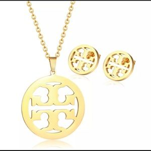 Tory Burch gold necklace & earring set